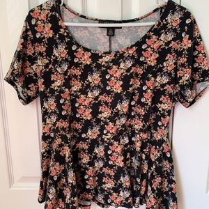 Cute Flower Tee perfect for summer!